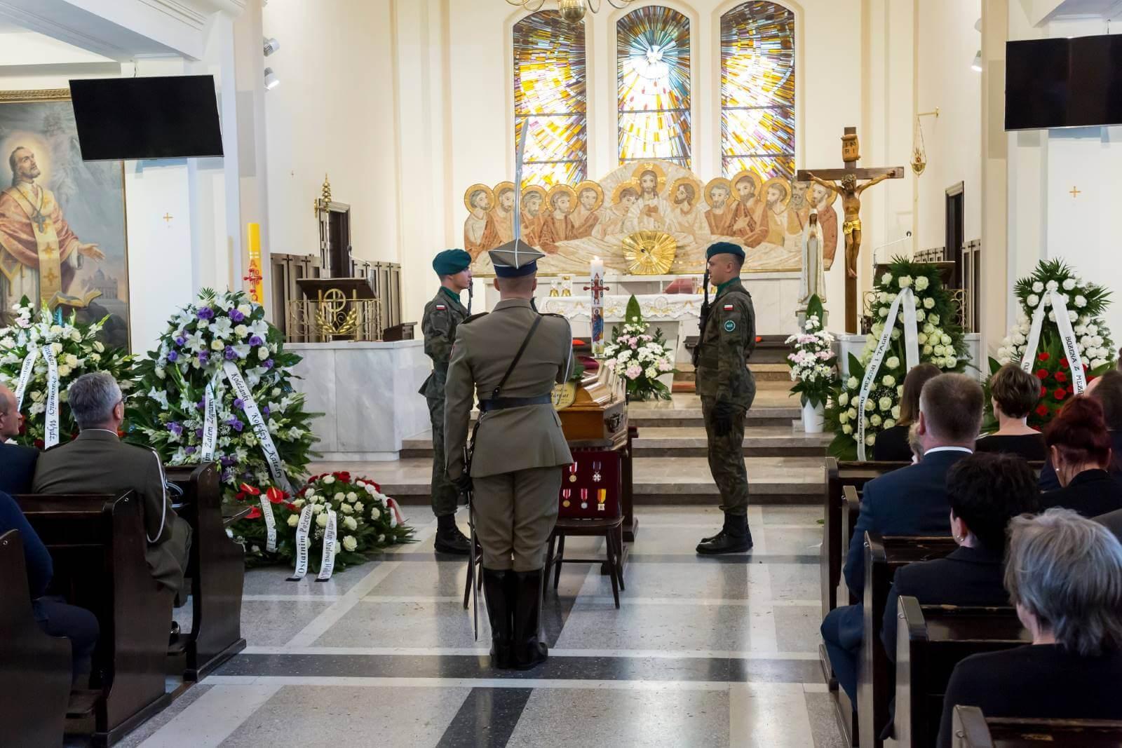 pogrzeb wojskowego